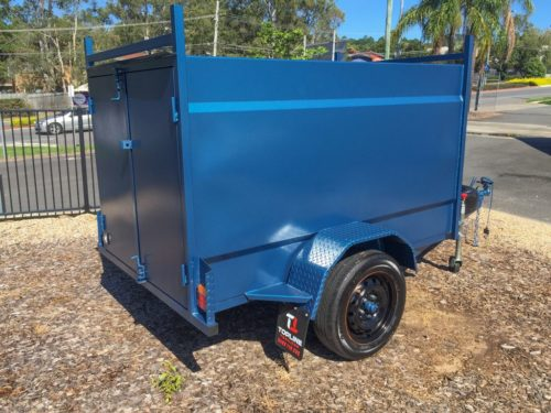 7x4 Enclosed Trailer